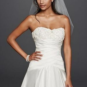 NWT David's Bridal Wedding Dress